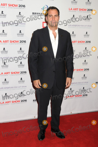 Andy Buckley Photo - 27 January 2016 - Los Angeles California - Andy Buckley The LA Art Show and The Los Angeles Fine Art Show 2016 held at the Los Angeles Convention Center Photo Credit Byron PurvisAdMedia