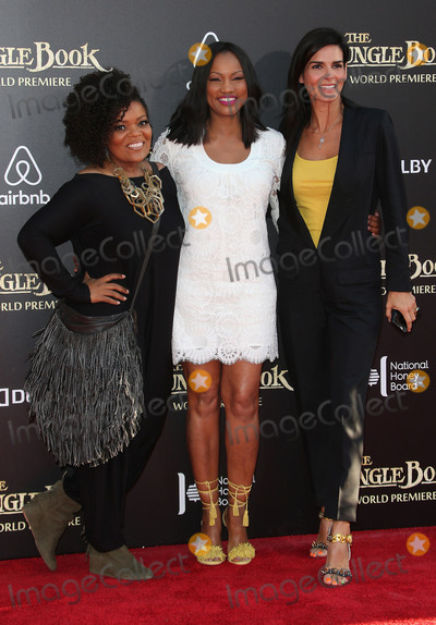 Angie Harmon Photo - 04 April 2016 - Hollywood California - Yvette Nicole Brown Garcelle Beauvais Angie Harmon The Jungle Book Los Angeles Premiere held at the El Capitan Theatre Photo Credit SammiAdMedia