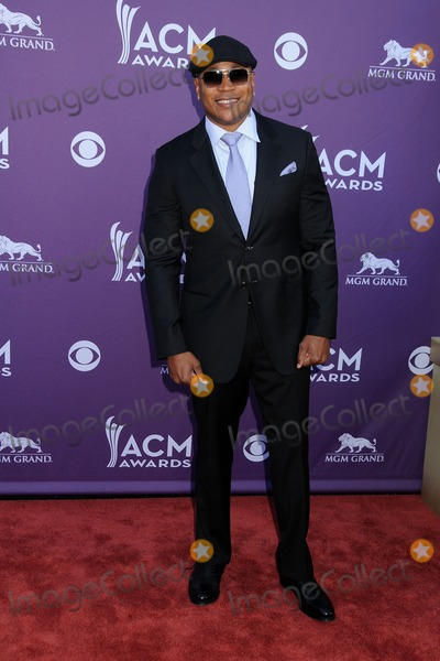 LL Cool J Photo - 1 April 2012 - Las Vegas Nevada - LL Cool J James Todd Smith 47th Annual Academy of Country Music Awards held at the MGM Grand Photo Credit Byron PurvisAdMedia