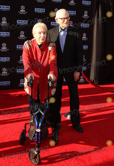 Alan Bergman Photo - 6 April 2017 - Los Angeles California - Marily Bergman and Alan Bergman 2017 TCM Classic Film Festival Opening Night Gala - 50th Anniversary Screening of In The Heat of The Night held at TCL Chinese Theatre IMAX Photo Credit AdMedia