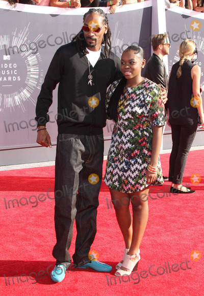 Cori Broadus Photo - 24 August  2014 - Inglewood California - Snoop Dogg Cori Broadus Snoop Lion 2014 MTV Video Music Awards held at the The Forum Photo Credit AdMedia