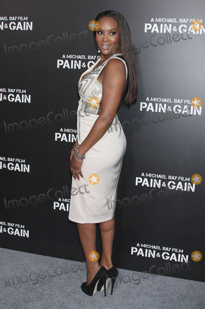 Vivica A Fox Photo - 22 April 2013 - Hollywood California - Vivica A Fox Pain  Gain Los Angeles Premiere held at the TCL Chinese Theatre Photo Credit Russ ElliotAdMedia