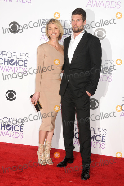 AMBER VALETTA Photo - 6 January 2016 - Los Angeles California - Amber Valetta Peoples Choice Awards 2016 - Arrivals held at The Microsoft Theater Photo Credit Byron PurvisAdMedia