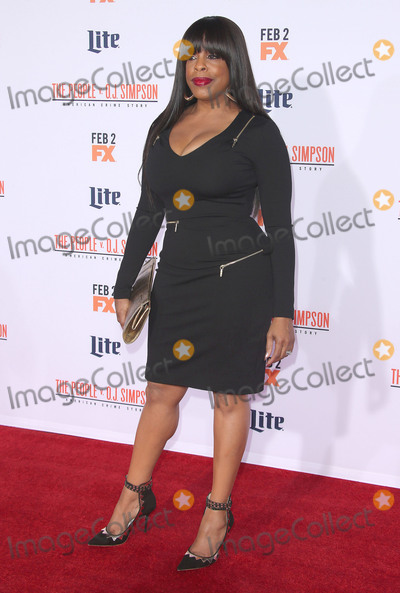 Niecy Nash Photo - 27 January 2016 - Westwood California - Niecy Nash American Crime Story - The People V OJ Simpson Los Angeles Premiere held at Westwood Village Theatre Photo Credit SamieAdMedia