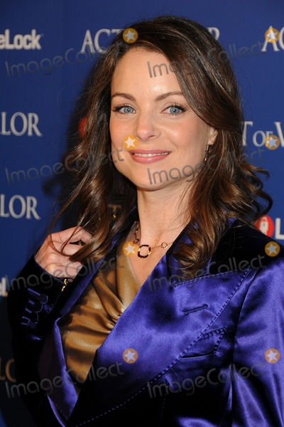 Kimberly Williams Photo - 13 February 2012 - Hollywood California - Kimberly Williams Act Of Valor Los Angeles Premiere held at Arclight Cinemas Photo Credit Byron PurvisAdMedia
