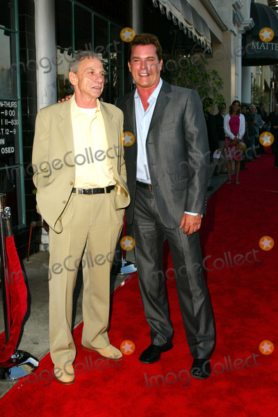Henry Hill Photo - Henry Hill and Ray Liotta at the Goodfellas New Double Disc Special Edition DVD Release Celebration with a Traditional Sit-Down Dinner Matteos Restaurant Westwood CA 08-16-04