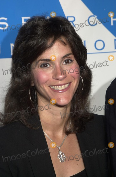Jami Gertz Photo - Jamie Gertz at the Cool Comedy - Hot Cusine gala benefiting the Scleroderma Research Foundation Regent Beverly Wilshire Beverly Hills CA 11-01-02