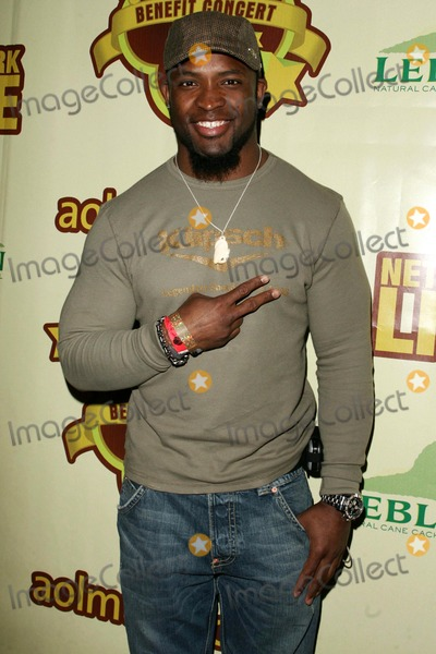Ahman Green Photo - Ahman Greenat The Peapod Concert Benefit presented by The Peapod Foundation and Network Live Henry Fonda Music Box Theater Los Angeles CA 02-06-06