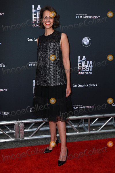 Aarti Tandon Photo - Aarti Tandonat the Grandma Premiere Regal Cinemas Los Angeles CA 06-10-15
