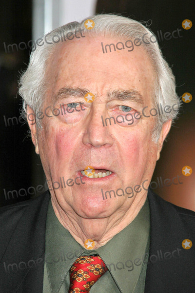 James Karen Photo - James Karenat the premiere of The Pursuit of Happyness Mann Village Theatre Westwood CA 12-07-06