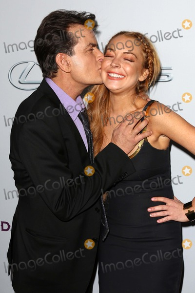 Lindsay Lohan Photo - Charlie Sheen Lindsay Lohanat the Scary Movie V Premiere Cinerama Dome Hollywood CA 04-11-13