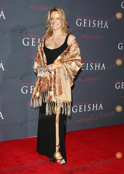 Denise Faye Photo - Denise fayeat the premiere of Memoirs Of A Geisha Kodak Theatre Hollywood CA 12-04-05