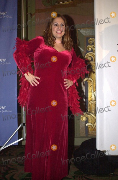 Kathy Najimy Photo -  Kathy Najimy at the opening of The Vagina Monologues benefitting V-Day Wiltern Theater 02-16-00