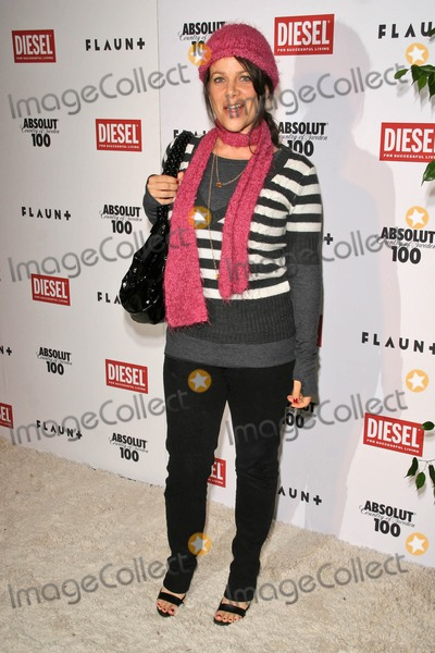 Meredith Salenger Photo - Meredith Salengerat the 9th Annual Flaunt Magazine Toy Drive and Anniversary Bash The Green Door Hollywood CA 12-06-07