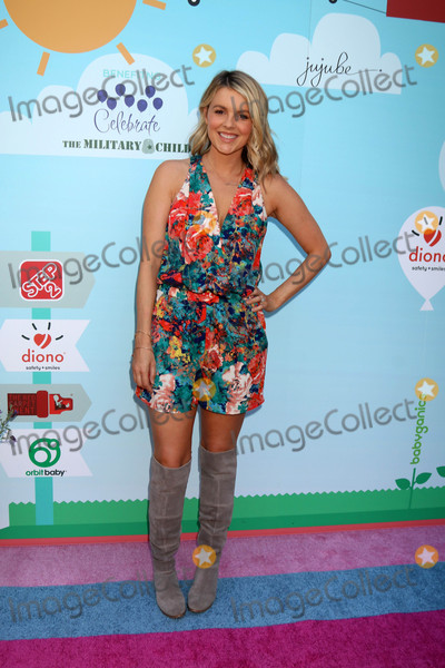 Ali Fedotowsky Photo - Ali Fedotowskyat the 5th Annual Red Carpet Safety Awareness Event Sony Picture Studios Culver City CA 09-24-16