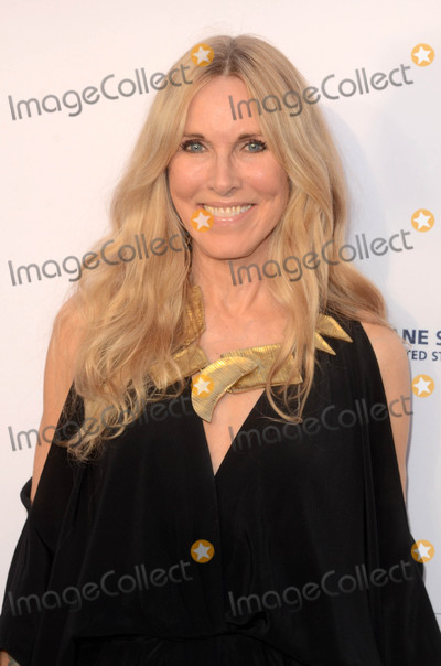 Alana Stewart Photo - Alana Stewartat the 2017 The Humane Society Gala Paramount Studios Los Angeles CA 04-22-17