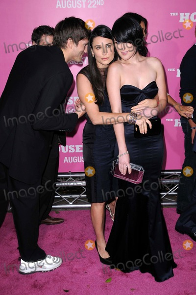 Demi Moore Photo - Ashton Kutcher with Demi Moore and Rumer Willis at the Los Angeles Premiere of The House Bunny Mann Village Theater Westwood CA 08-20-08