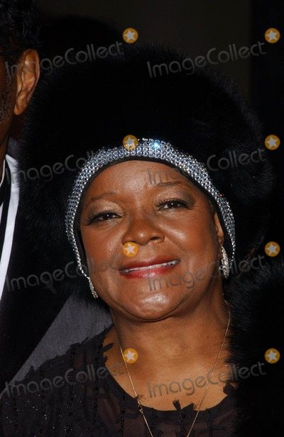 Pastor Shirley Caesar Photo - Pastor Shirley Caesararriving at the BET 25th Anniversary Show celebrating 25 years of BET Shrine Auditorium Los Angeles CA 10-26-05