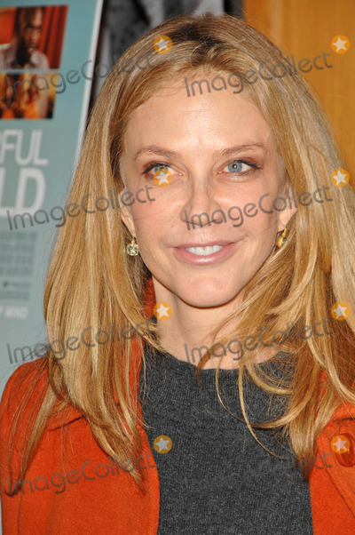 Ally Walker Photo - Ally Walkerat the premiere of  Wonderful World Directors Guild of America West Hollywood CA 01-07-10