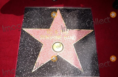KC and the Sunshine Band Photo - Star of KC and The Sunshine Band at KC and The Sunshine Band induction ceremony into Hollywoods Walk of Fame Hollywood Blvd CA 08-02-02