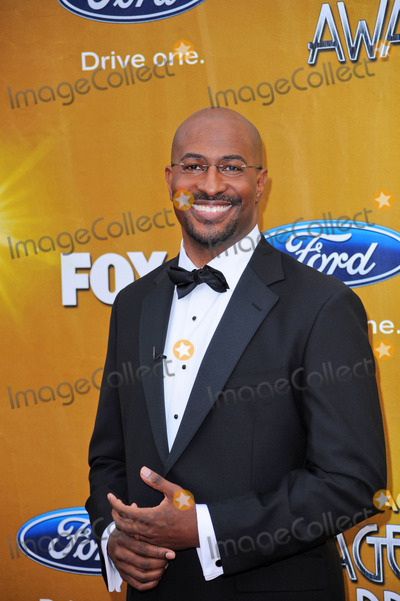 Van Jones Photo - Van Jonesat the 41st NAACP Image Awards - Arrivals Shrine Auditorium Los Angeles CA 02-26-10
