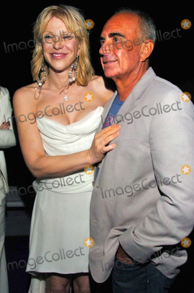 Courtney Love Photo - Courtney Love and Robert Shapiroat the 1st Annual Sober Day USA Event Standard Hotel Hollywood West Hollywood CA 05-01-06
