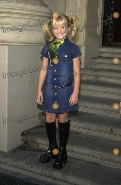 Jenna Boyd Photo - Jenna Boyd at the premiere of Tuck Everlasting El Capitan Theater Hollywood CA 10-05-02