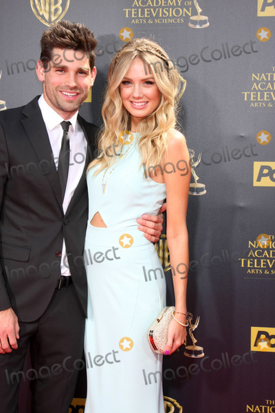 Melissa Ordway Photo - Justin Gaston Melissa Ordway at the 2015 Daytime Emmy Awards at the Warner Brothers Studio Lot on April 26 2015 in Burbank CACopyright David Edwards  DailyCelebcom 818-249-4998