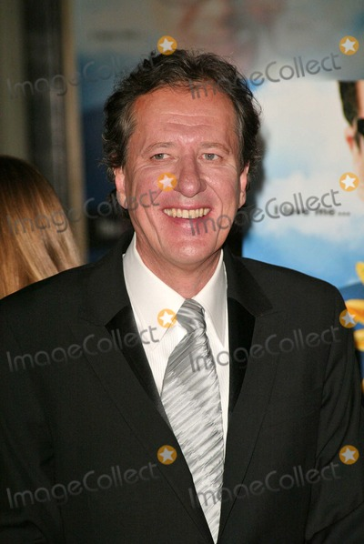Geoffrey Rush Photo - Geoffrey Rush at the Life and Death of Peter Sellers Premiere  Graumans Chinese Theatre Hollywood CA 11-15-04