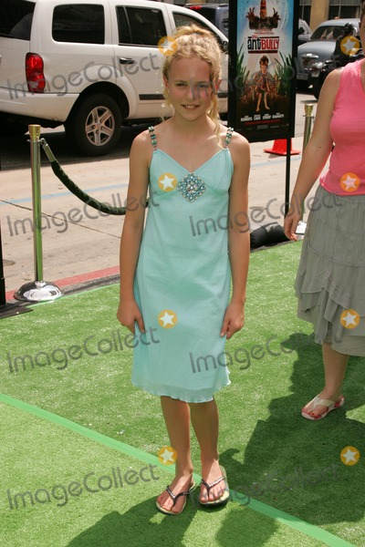 Courtney Taylor Photo - Courtney Taylor Burnessat the premiere of The Ant Bully Graumans Chinese Theatre Hollywood CA 07-23-06