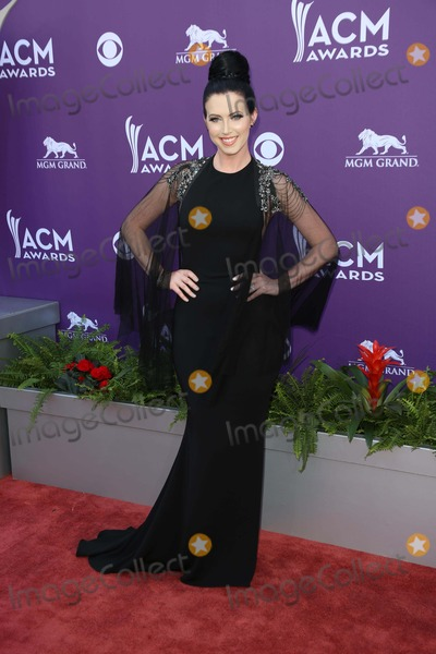 Shawna Thompson Photo - Shawna Thompsonat the 48th Annual Academy Of Country Music Awards Arrivals MGM Grand Garden Arena Las Vegas NV 04-07-13