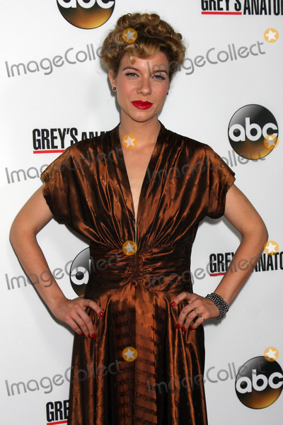 Tessa Ferrer Photo - Tessa Ferrerat the Greys Anatomy 200th Episode Red Carpet Event Colony Hollywood CA 09-28-13