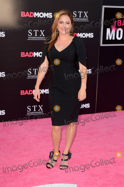 Annie Mumolo Photo - Annie Mumoloat the Bad Moms Los Angeles Premiere Village Theater Westwood CA 07-26-16