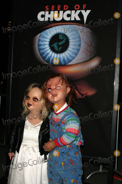 Chucky Photo - Chucky and wife at the Seed Of Chucky Screening at the Grove Los Angeles CA 11-10-04