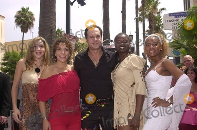 KC and the Sunshine Band Photo - Karry Wayne KC Casey Maria De Crescenzo Kennetha Morris and unidentified at KC and The Sunshine Band induction ceremony into Hollywoods Walk of Fame Hollywood Blvd CA 08-02-02