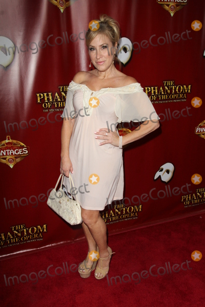 Ann Walters Photo - LOS ANGELES - JUN 17  Lisa Ann Walter at the The Phantom of the Opera Play Los Angeles Premiere at the PantagesTheater on June 17 2015 in Los Angeles CA