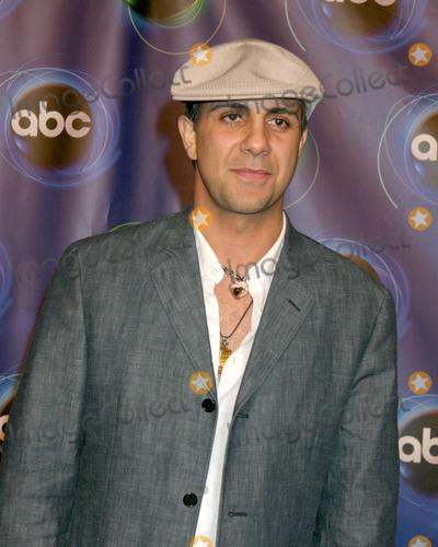 Anthony Azizi Photo - Anthony Azizi ABC TV TCA PartyThe Wind TunnelPasadena CAJanuary 21 2006