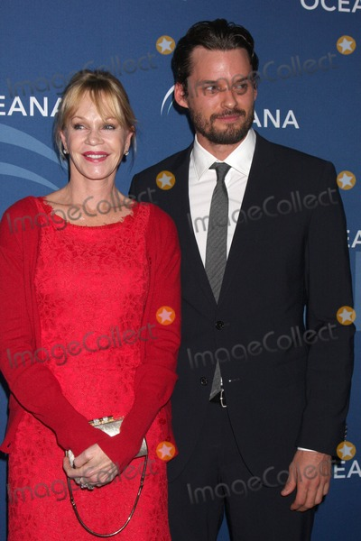 Melanie Griffiths Photo - LOS ANGELES - OCT 30  Austin Nichols Melanie Griffith at the Oceanas Partners Awards Gala 2013 at Beverly Wilshire Hotel on October 30 2013 in Beverly Hills CA