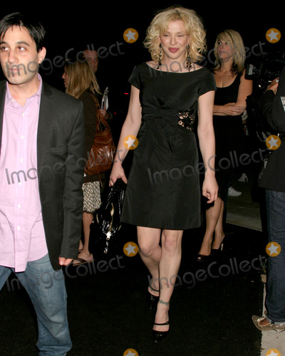 Courtney Love Photo - Courtney LoveInternational Launch Event to Unveil the New Image of Dom Perignon Rose Vintage 1996 Champagne by Karl LagerfeldPrivate ResidenceBeverly Hills CAJune 2 2006