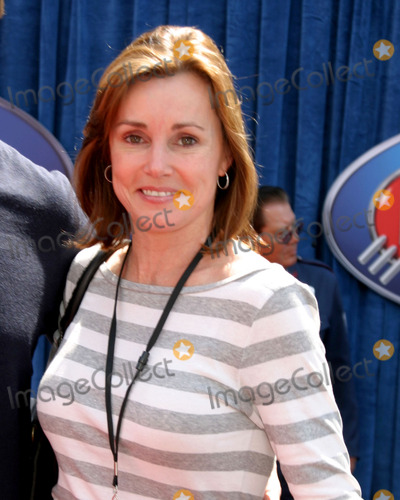 Alex Donnelly Photo - Alex DonnellyMeet the Robinsons World PremiereEl Capitan TheaterLos Angeles CAMarch 25 2007