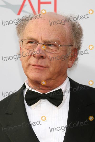Art Garfunkel Photo - Art Garfunkel  arrives at the AFI Salute to Warren Beatty at the Kodak Theater in Los Angeles CAJune 12 2008