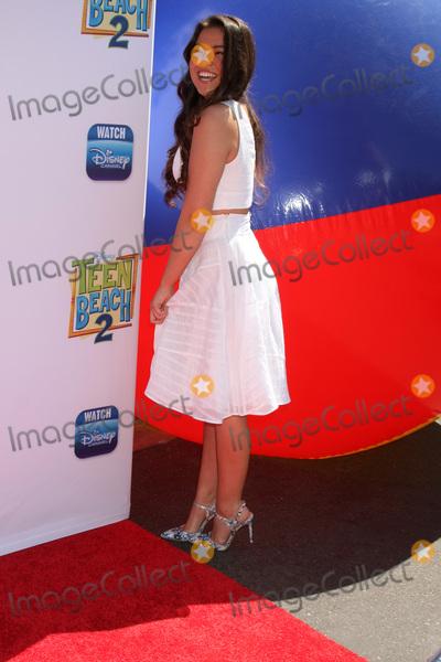 Piper Curda Photo - LOS ANGELES - JUN 22  Piper Curda at the Teen Beach 2 Premiere  at the Walt Disney Studios on June 22 2015 in Burbank CA
