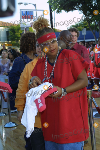 Da Brat Photo - LIKE MIKE PREMIERE WESTWOOD CA  62702DA BRAT
