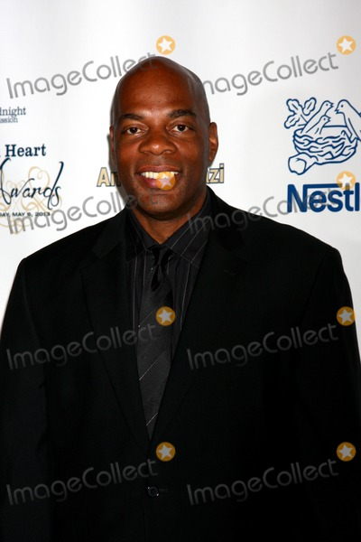 Alonzo Bodden Photo - LOS ANGELES - MAY 6  Alonzo Bodden arrives at the 2013 Midnight Missions Golden Heart Awards at the Beverly Wilshire Hotel on May 6 2013 in Beverly Hills CA