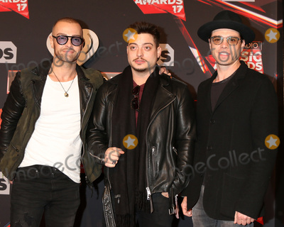 Andrew Lawrence Photo - LOS ANGELES - MAR 5  Joey Lawrence Andrew Lawrence Matthew Lawrence at the 2017 iHeart Music Awards at Forum on March 5 2017 in Los Angeles CA
