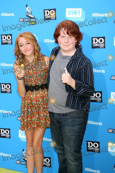 Noah Cyrus Photo - LOS ANGELES - JUL 31  Noah Cyrus Tucker Albrizzi arrives at the 2013 Do Something Awards at the Avalon on July 31 2013 in Los Angeles CA