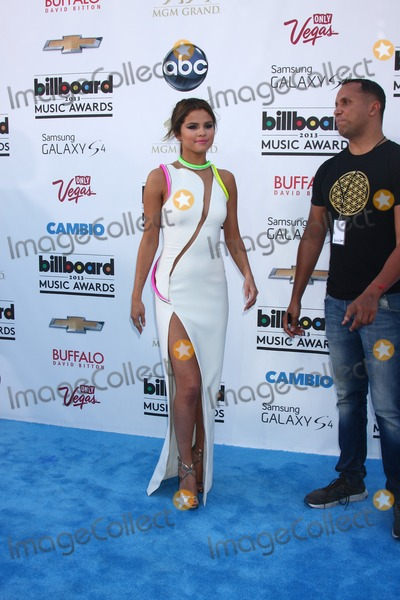 Selena Gomez Photo - LOS ANGELES -  MAY 19  Selena Gomez arrives at the Billboard Music Awards 2013 at the MGM Grand Garden Arena on May 19 2013 in Las Vegas NV