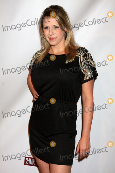Jodie Sweetin Photo - LOS ANGELES - FEB 20  Jodie Sweetin arrives at the 24 Hour Hollywood Rush at Ebell Theater on February 20 2011 in Los Angeles CA