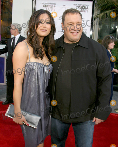 Kevin James Pictures And Photos