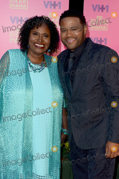 Anthony Anderson Photo - LOS ANGELES - MAY 6  Doris Hancox Bowman Anthony Anderson at the VH1s 2nd Annual Dear Mama An Event To Honor Moms on the Huntington Library on May 6 2017 in Pasadena CA